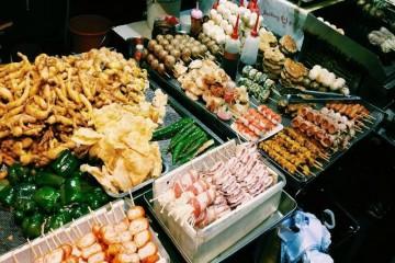 5 con đường ẩm thực luôn hút khách ở Sài Gòn