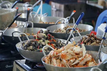 Khám phá khu chợ hải sản Hàng Dương nổi tiếng Cần Giờ