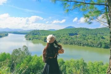 Từ đồi Vọng Cảnh ngắm trọn vẻ đẹp hoàng hôn mơ màng của xứ Huế