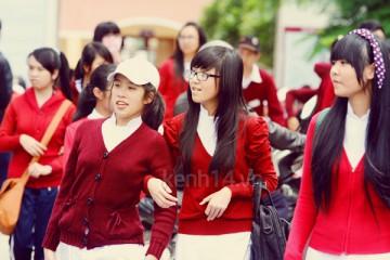 Soi những mẫu đồng phục đến trường đắt giá của học sinh Đà Lạt