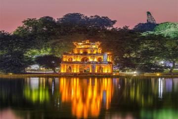 Hồ Gươm – Trái tim không ngủ của Hà Nội