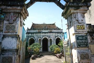 Khám phá ngôi nhà cổ kính Huỳnh Thủy Lê hơn 100 tuổi ở Đồng Tháp