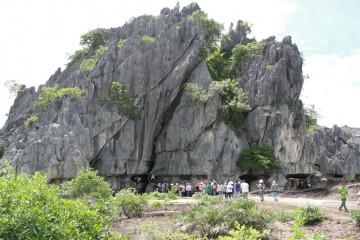Thăm Núi Đá Dựng - Tuyệt tác thiên nhiên ban tặng cho vùng đất Kiên Giang