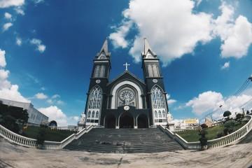 Nhà thờ chánh tòa Phú Cường - Công trình kiến trúc biểu tượng Bình Dương